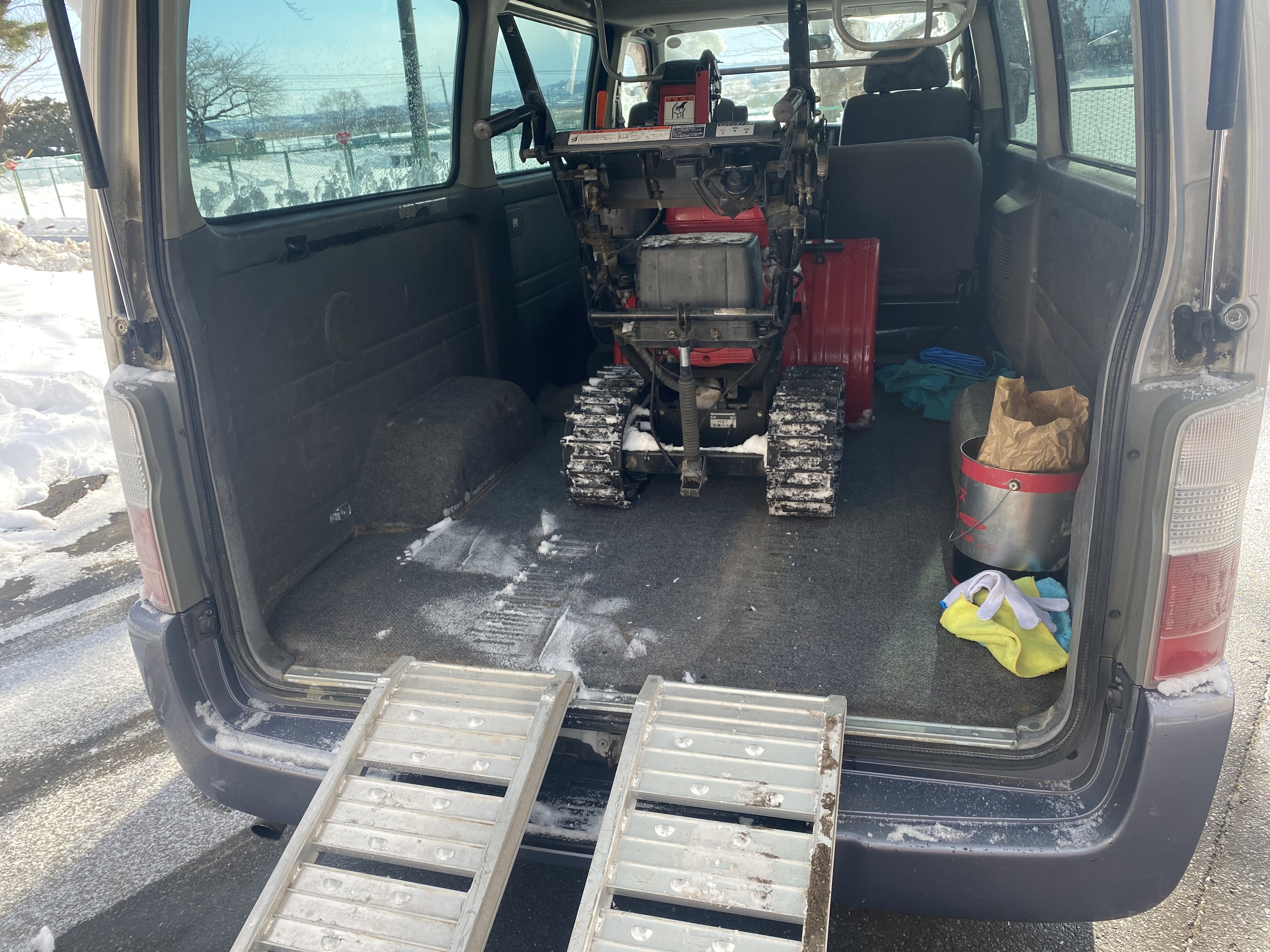 除雪の機械を試運転